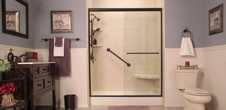 The Pros and Cons of Replacing Your Bathtub With a Shower