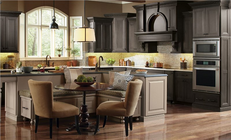 Completely Customized Kitchen Cabinets in Chicago