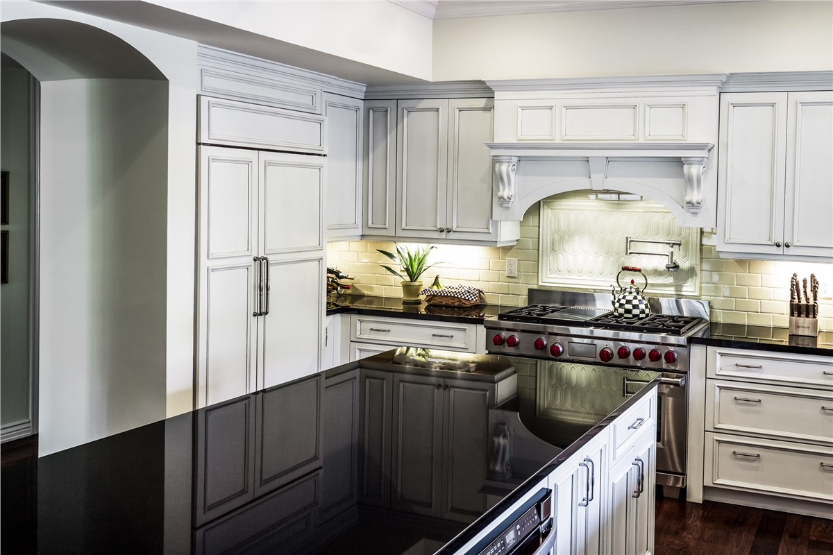 Shiloh cabinetry wholesale kitchen cabinets lakeland for Cheaper kitchen cabinets