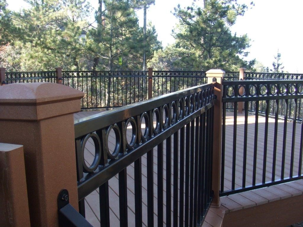 Fortress Railings Chicago Steel Rails Amp Metal Balusters
