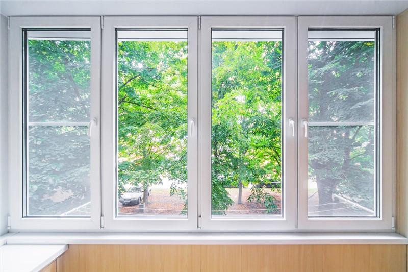 8 Reasons Why Homeowners Like Fiberglass Replacement Windows