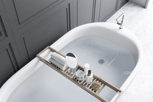 Tired of Your Outdated Tub? Here are 6 Modern Ways to Improve the Look of Your Bathtub
