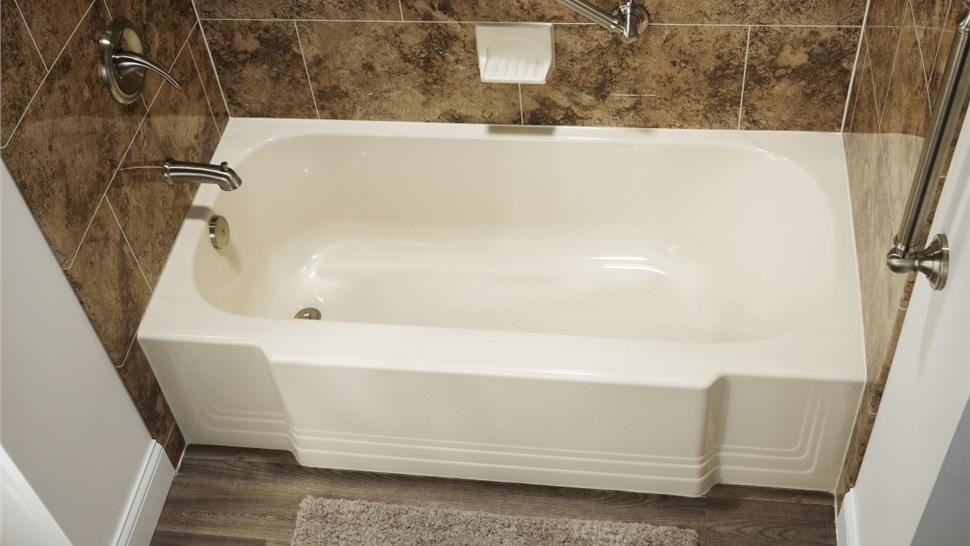 Bathtubs Photo 1