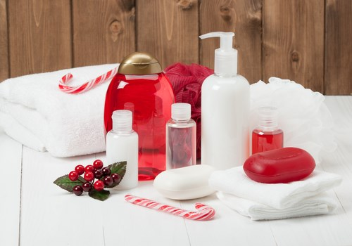 How to Make Your Bathroom Guest-Friendly During the Holidays