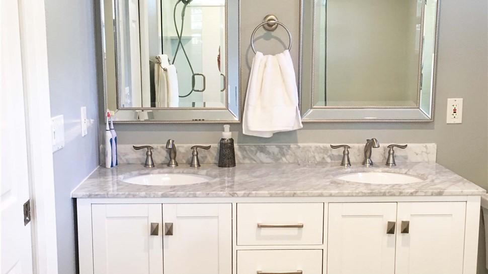 Bathroom Remodeling - Vanity Photo 1