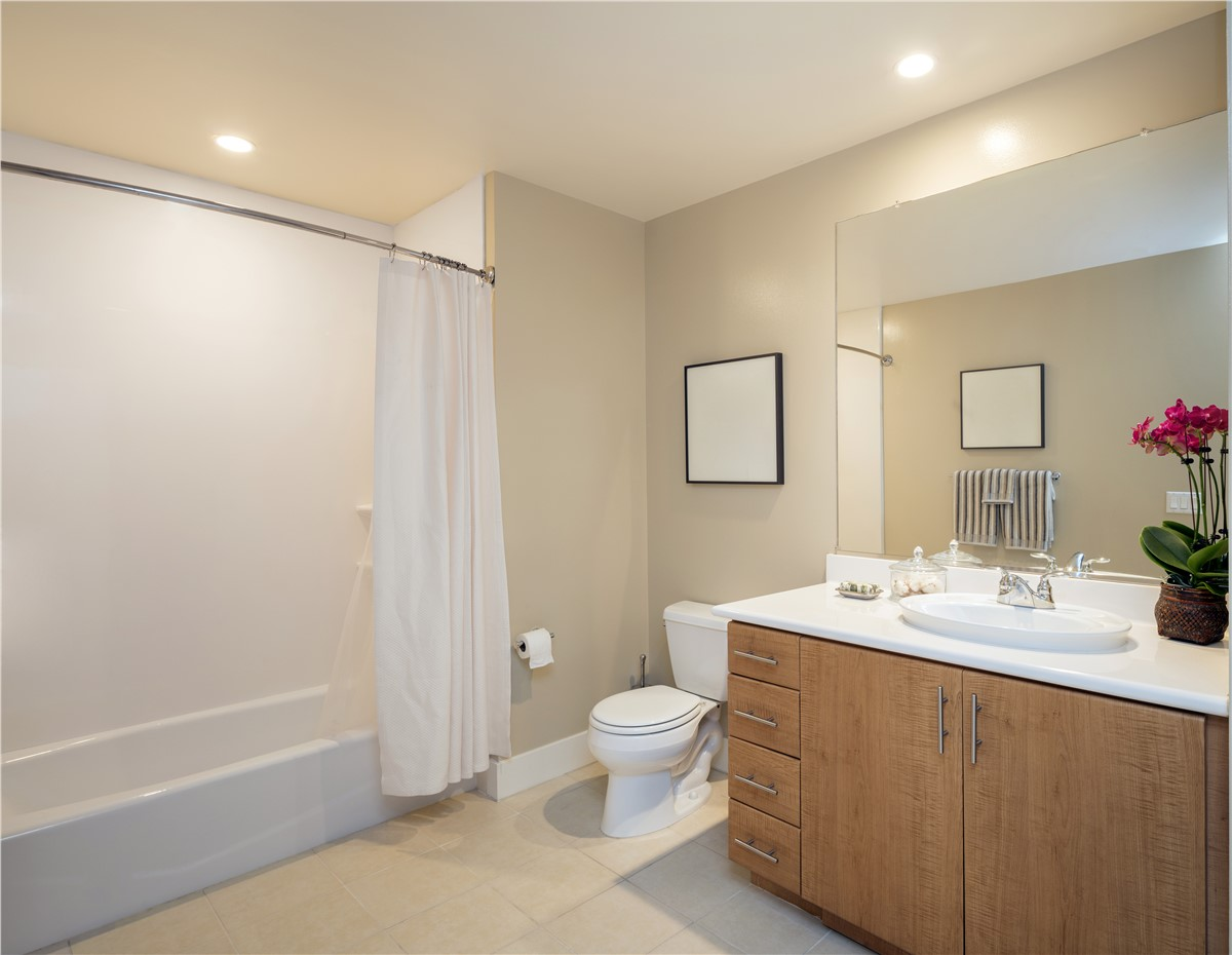 Bathtub Surrounds Tampa | Tub Surround | Luxury Bath of Tampa Bay