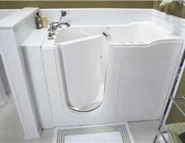 Tub for Seniors | Luxury Bath of Tampa Bay