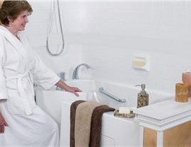 Bathtub for Seniors | Luxury Bath of Tampa Bay