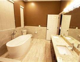 Bathroom Remodeling - Bathtub Remodeling Photo 2