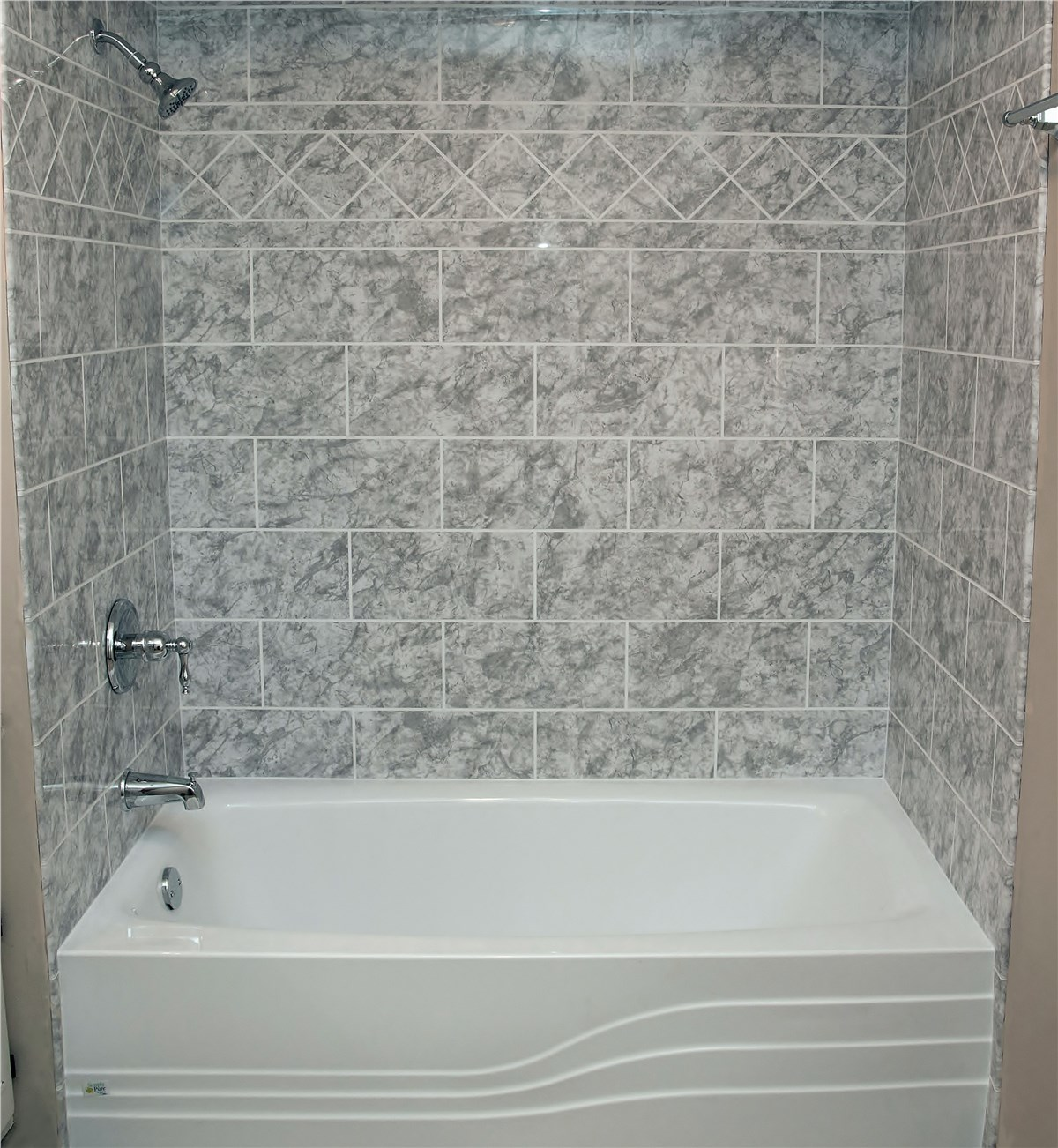 North Texas Bath Wall Surround
