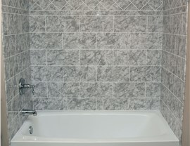 Shower Walls Surrounds Photo 3
