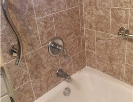 Bath Wall Surrounds Photo 2
