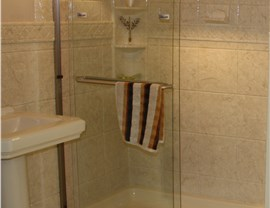 Shower Doors Photo 2