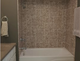 Bath Wall Surrounds Photo 4