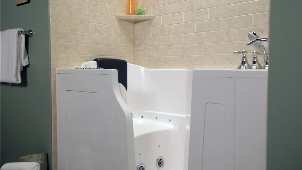 Bathroom Remodeling - Walk-in Tubs Photo 1