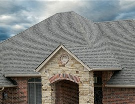 Roofing - Asphalt Roofing Photo 4