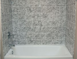 Bathroom Remodeling - Bath Wall Surrounds Photo 4