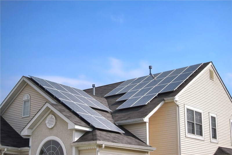 The Solar Energy Low-Down: What are the True Benefits of Rooftop Solar Panel Installations?