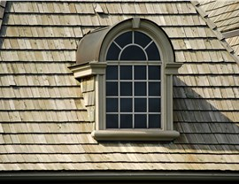 Roofing - Wood Shingles Photo 2