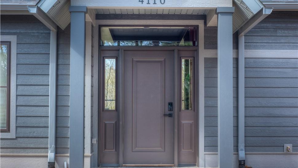 & Manhattan Doors | Manhattan Replacement Doors | Midland Exteriors