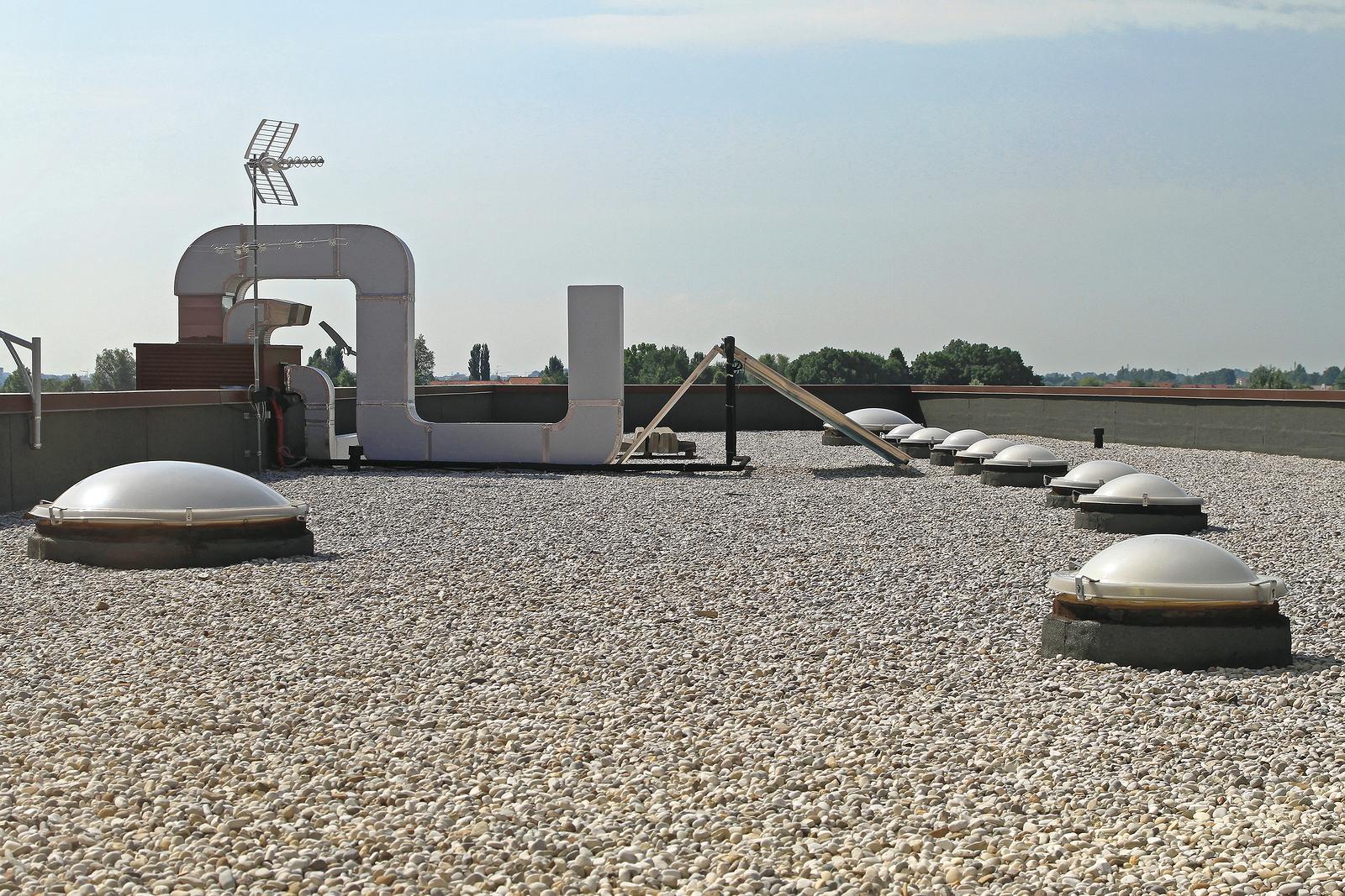 Gravel roof