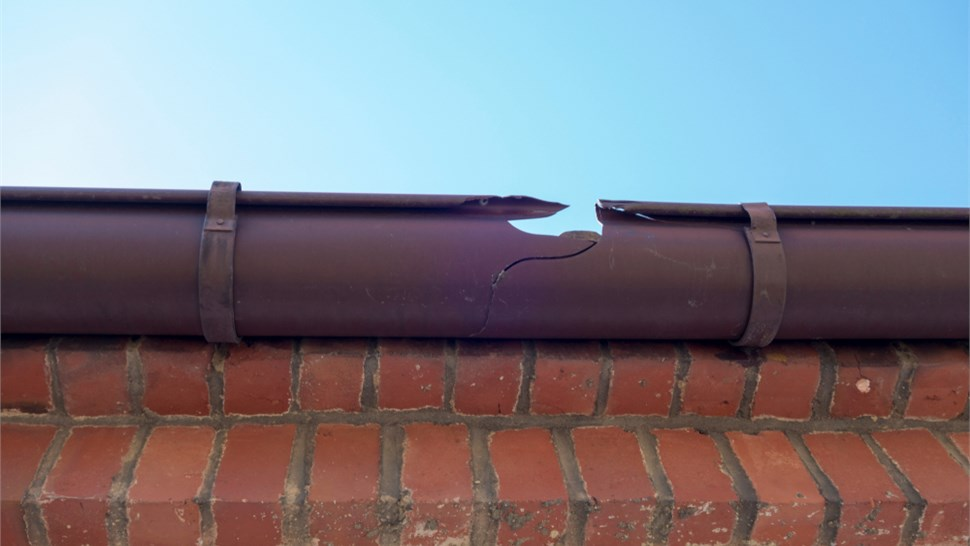 Gutters - Gutter Repair Photo 1