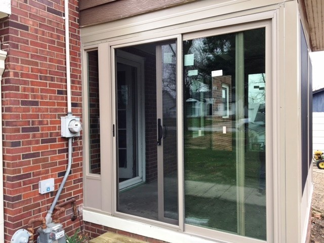 Midwest Construction S 2016 Exterior Home Makeover Windows