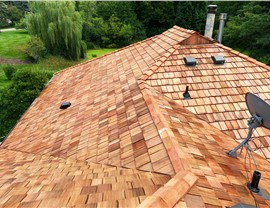 Roofing - Cedar Shake Photo 2