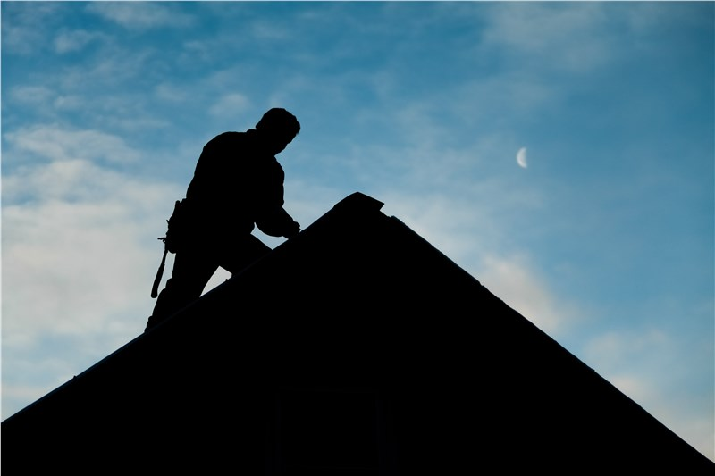 minneapolis metal roofing contractor
