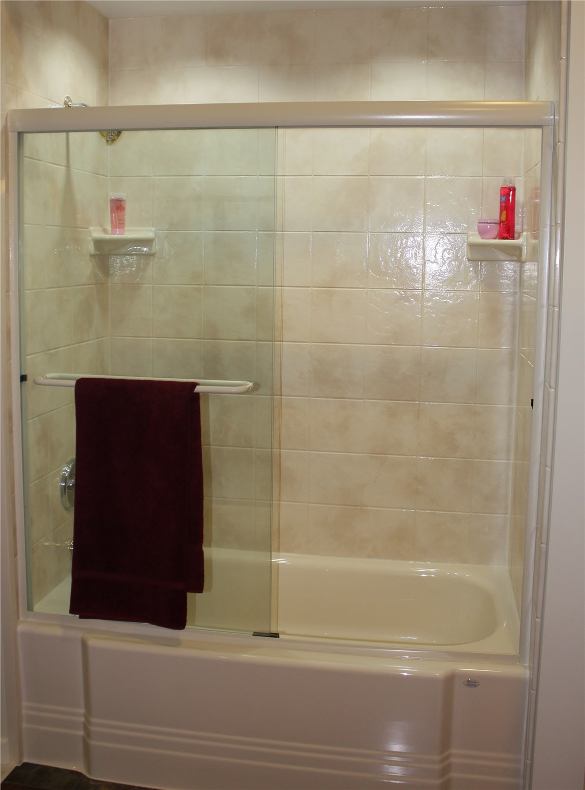Minneapolis and St. Paul Tub Shower Combo | Minnesota Tub Shower ...