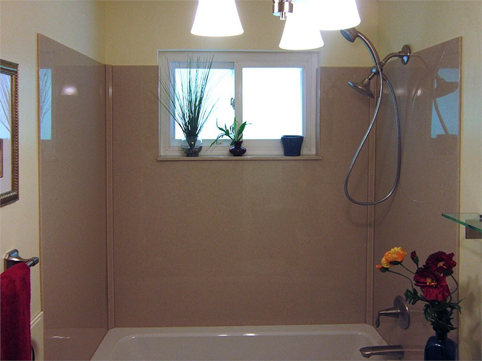 $500 Off A Complete Acrylic Bath Or Shower Replacement - $1000 Off Onyx Surround!