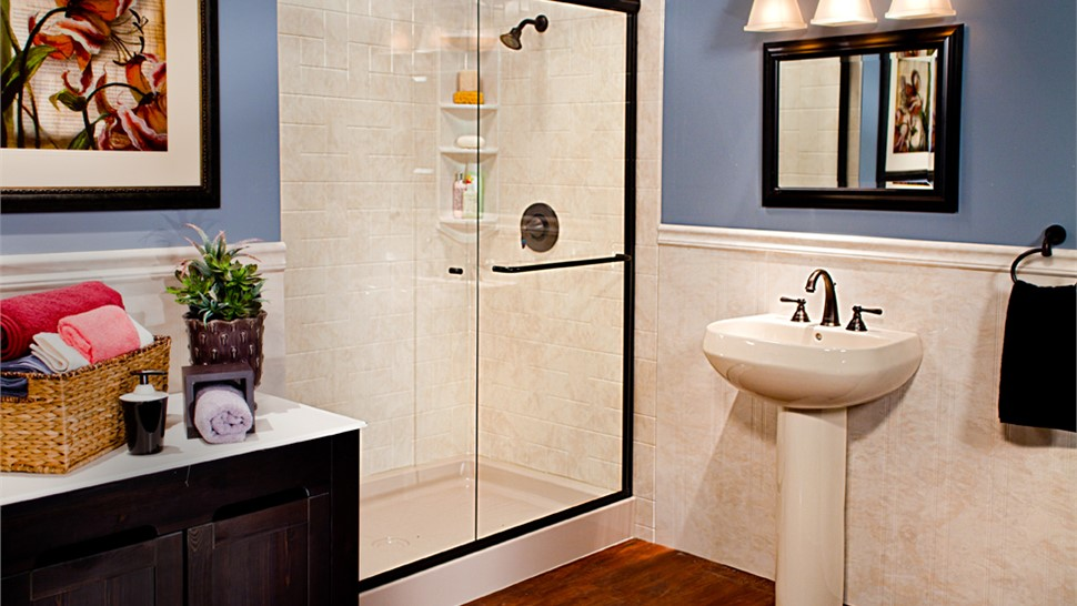 Shower Doors Photo 1