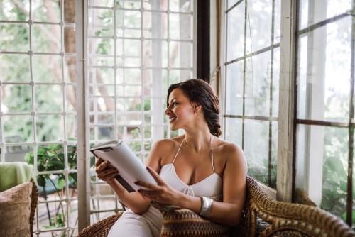sunroom_reading