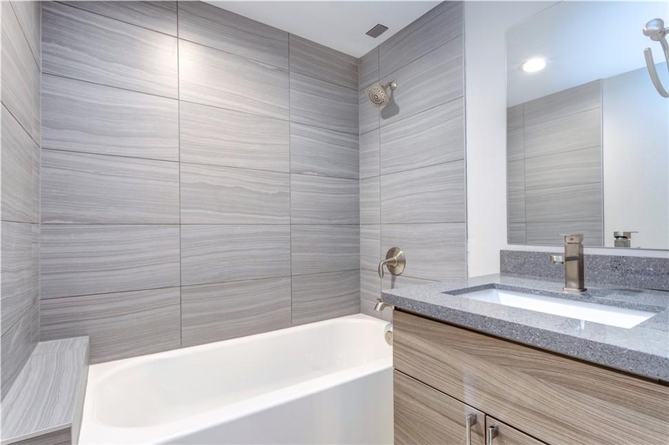 Big Bath Savings!   Save $1,000 on New Bath or Shower System!