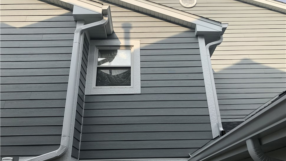 Multi-Family - Siding Photo 3
