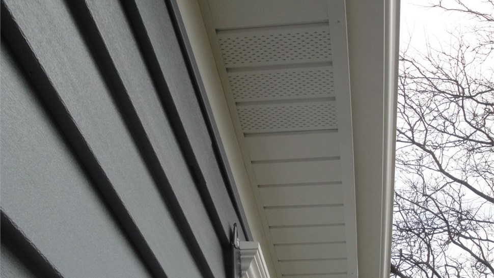 Gutters - Gutter Protection Photo 3