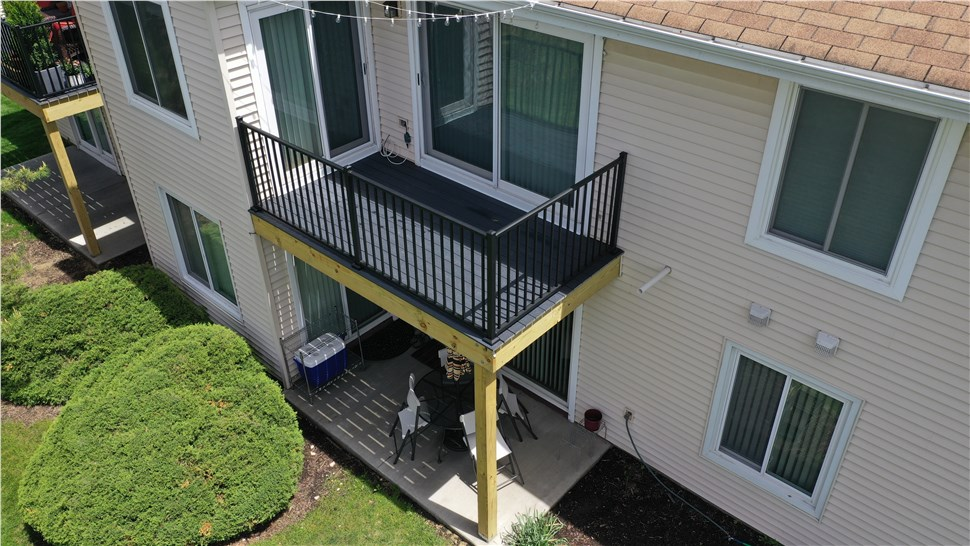 Multi-Family - Balconies and Decks Photo 4