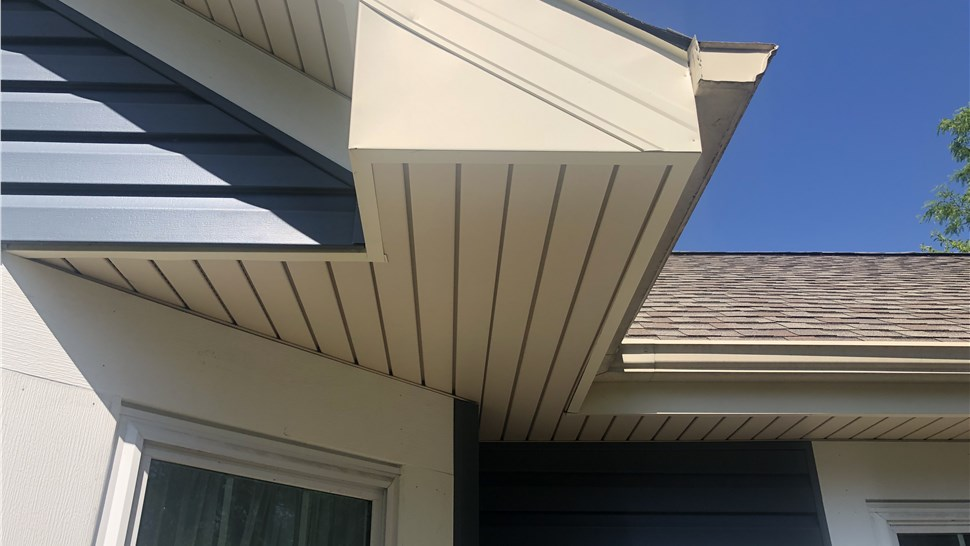Siding - Soffits & Fascia Photo 1