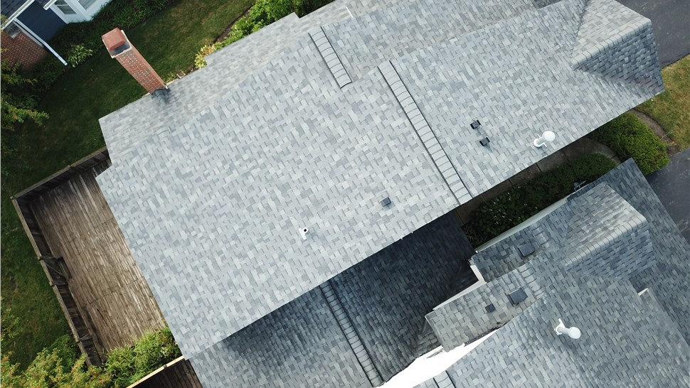 Roofing - Roof Shingles Photo 2
