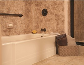Bathroom Remodeling - Replacement Tubs Photo 3