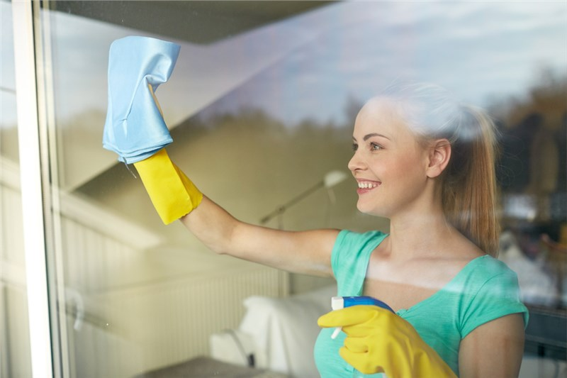 Top Tips for Cleaning Windows