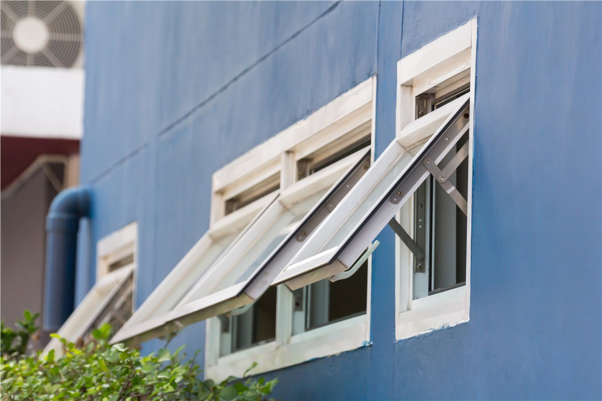 Awning Windows Texas | Replacement Awning Window Installation