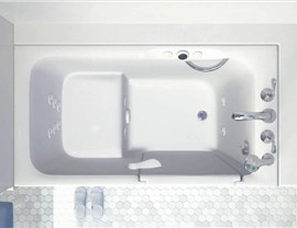 Kohler Walk-in Tub Photo 2