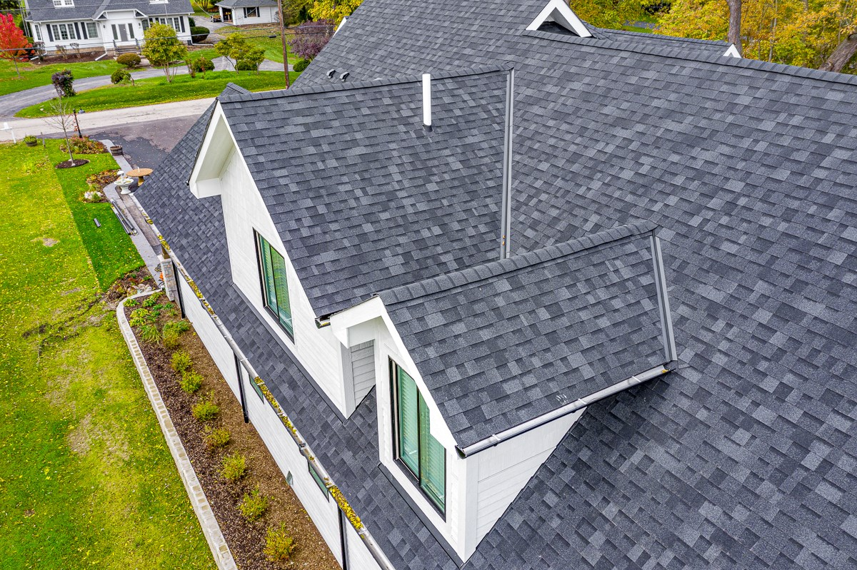Crystal Lake Roofing Company Roof Replacement And Repair Style Exteriors