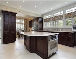 Kitchen Remodeling - Large Kitchen Photo 4