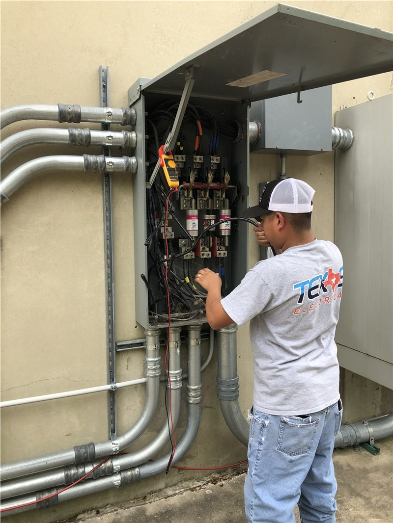 Why You Can't Just Hire Any Old Electrician For Your Business
