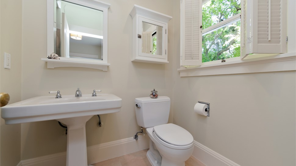 Bathroom Remodeling - Toilets Photo 1