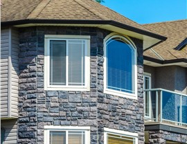 Windows - House Photo 4