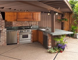 Outdoor Remodeling - Outdoor Kitchens Photo 2