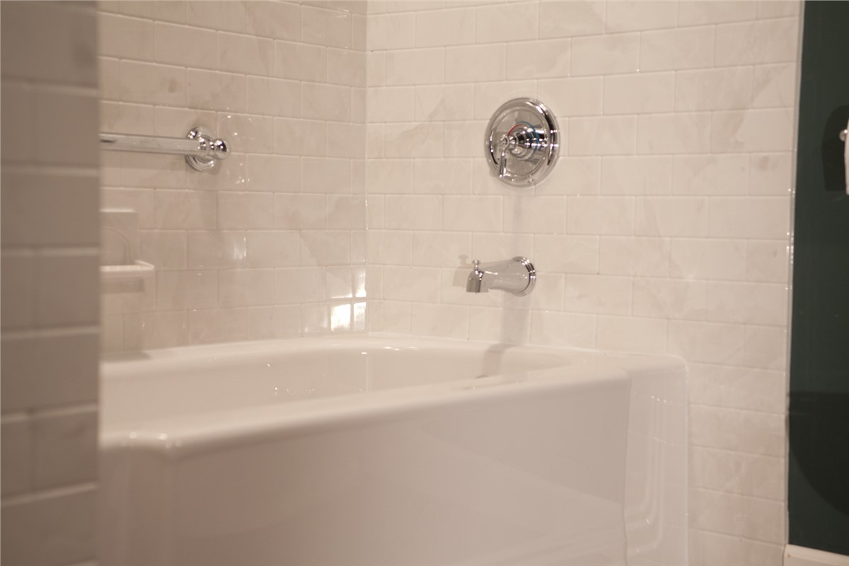 Bathroom Remodeling Peoria Il small bath remodel | peoria bathroom remodeling | the bath company